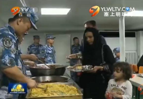中国海军舰艇协助撤离10国在也公民