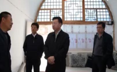 点击观看《胡志强在米脂佳县绥德检查调研基层工作情况》